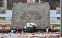 Cmentarz_Zolnierzy_Radzieckich_w_Wejherowie_011.JPG