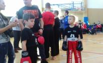 Kickboxerzy_wrocili_z_33_medalami_003.JPG