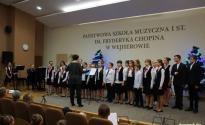 Koncert_Nauczyciele_uczniowie_szkole_001.jpg